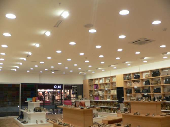 5 cách bố trí cho đèn led âm trần thạch cao bạn cần biết - Đèn led chiếu sáng chất lượng cao