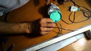 tại sao đèn LED bị nhấp nháy